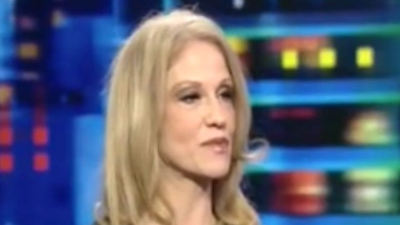 Trump's new manager, Kellyanne Conway destroyed him while a TV pundit